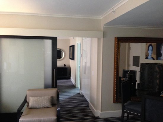 The Kimpton George Hotel: Room connection