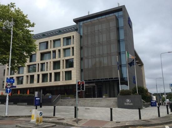 Hilton Dublin Kilmainham: Street View