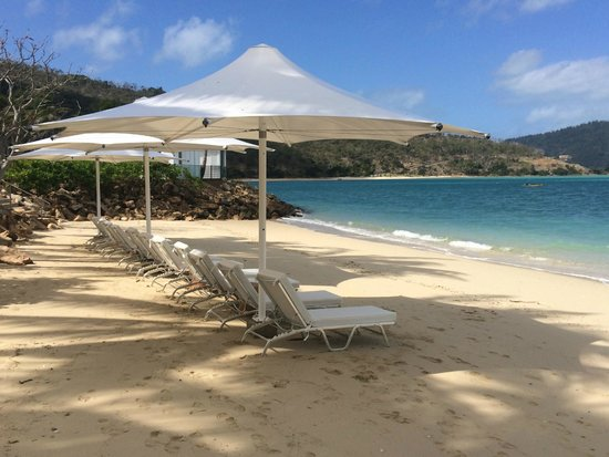 One&Only Hayman Island: Beach front adjacent to the Hayman Pool