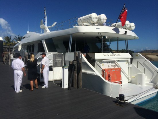 One&Only Hayman Island: welcome at Hamilton Island airport aboard Sun Godess