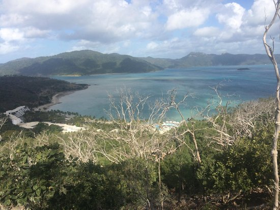 One&Only Hayman Island: View from the round island walk