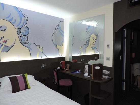 Hotel Roi Soleil Prestige : c'est coloré et original