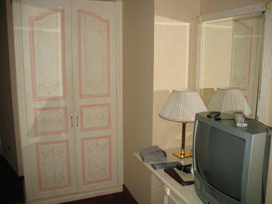 Hotel La Locanda: Arredo camera