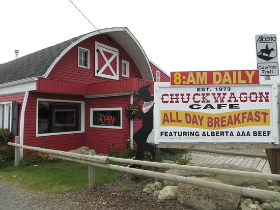 Chuck Wagon Cafe and Grill: sign outside