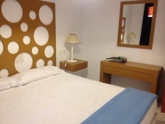 Muthu Infiniti Beach Resort: El dormitorio