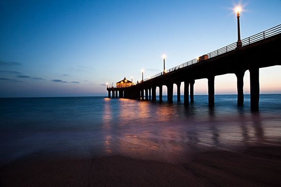 Manhattan Beach Pier: Amazing Sunset Views of the Pier. G