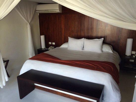 Le Reve Hotel & Spa: Room 2 (beach bungalow)