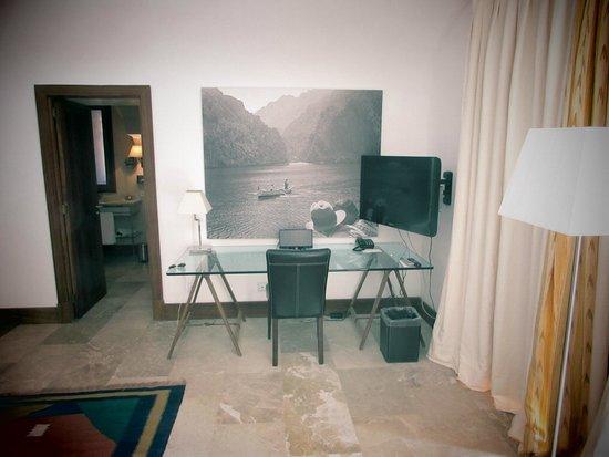 Cap Rocat: Tv area