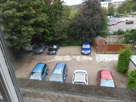 The Applegarth : Rear Car Park