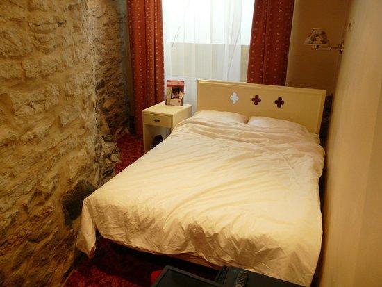 Rixwell Old Town Hotel: Zimmer im Untergrund