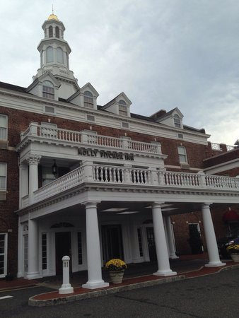 Molly Pitcher Inn: A cool hotel