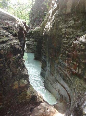 Damajaqua Cascades (27 Waterfalls): waterfalls
