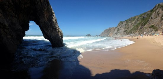 Praia da Adraga: beautiful beach