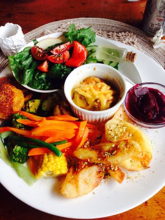 Thyme at Rosemary's Restaurant : Vegetarian platter.  I have never seen anything so extensive not to mention beautiful.  Unbeliev