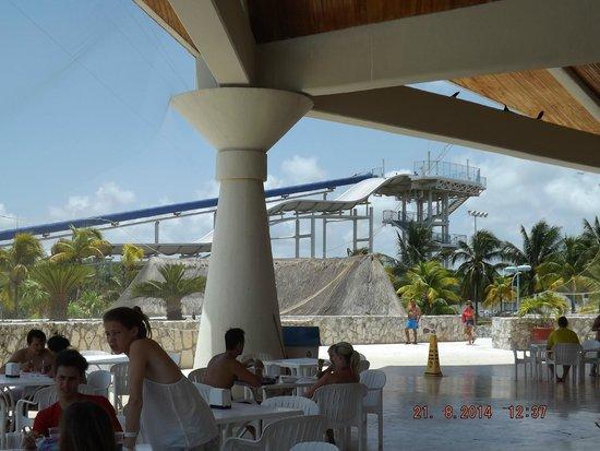 Wet'n Wild Cancun : tobogan de balsas
