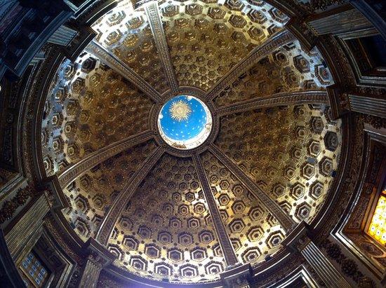 Cathédrale Notre-Dame-de-l'Assomption de Sienne : The underside of the dome