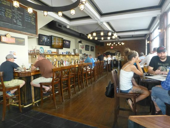 Garrick's Head Pub: Inside view