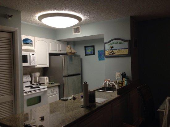 Ocean Pointe Suites at Key Largo: Room 1205