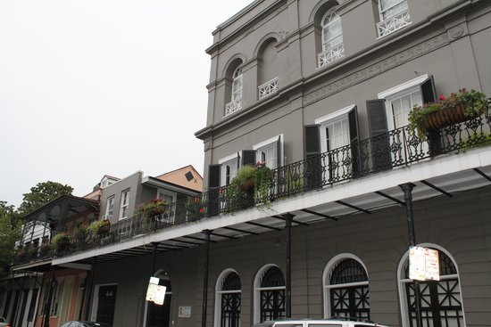 French Quarter Phantoms: Beautiful House with a Dark Past