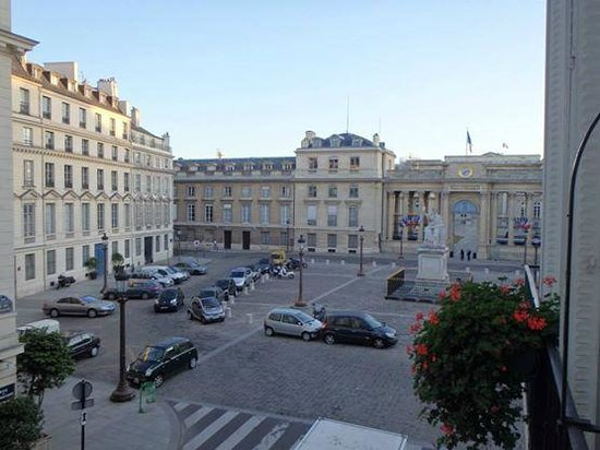 Bourgogne et Montana Hotel by MH : View from our room.