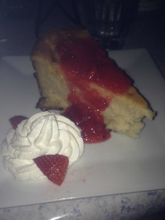Lola's Kitchen and Wine Bar: Cheesecake