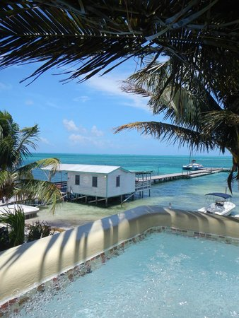 Seaside Cabanas: Beach and water taxi view from our rooftop Jacuzzi Cabana1