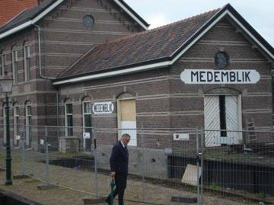 Zuiderzee Museum (Zuiderzeemuseum): MEDEMBLINK - SAÍDA DO BARCO
