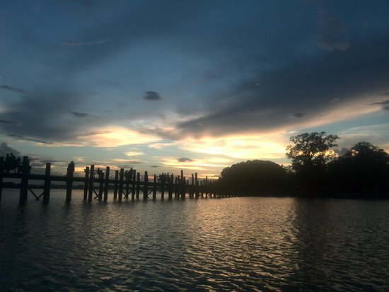 Pont d'U Bein : bridge