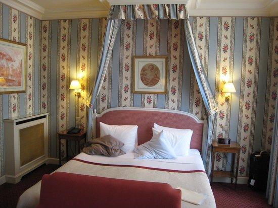Victoria Palace: Gracious room