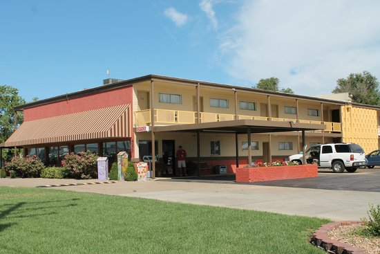 Travelers Budget Inn Updated 2018 Prices Reviews Photos Great Bend Ks Hotel Tripadvisor