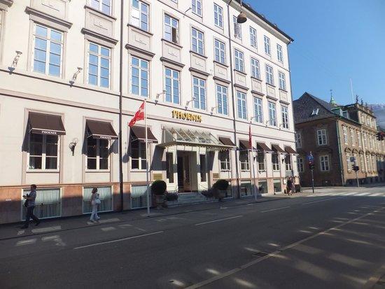 Phoenix Copenhagen: Exterior of  Hotel Phoenix