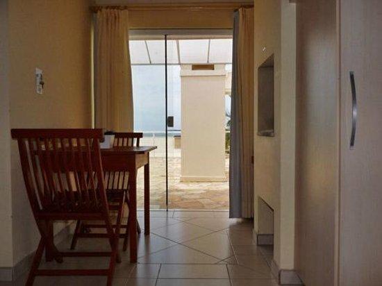 Pousada Pedra Salgada: Entrada do quarto