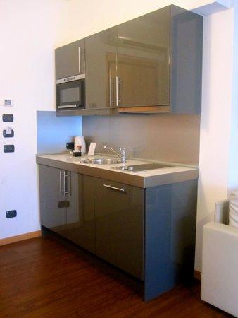 D-Place Aparthotel & Suite : Cucina