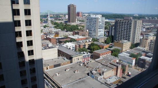 Hotels Gouverneur Montreal: The View