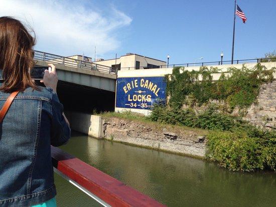 Lockport Locks & Erie Canal Cruises: Locks 34 and 35