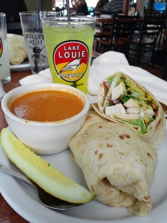 High Rock Cafe: Wraps and soup with a pickle and a drink