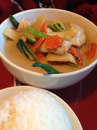 Green curry picture of ayothaya thai cafe payson for Ayothaya thai cuisine