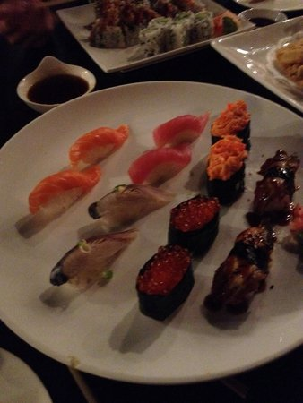 Hanabi: Salmon, Tuna, Eel, Mackerel, Ikura, and Spicy Crab Sushi.