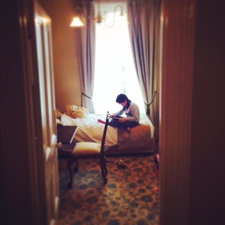 The Hotel Windsor: Our little daughter loved reading in the quiet atmosphere.