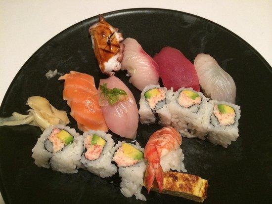Sushi Hanada: Sushi dinner.