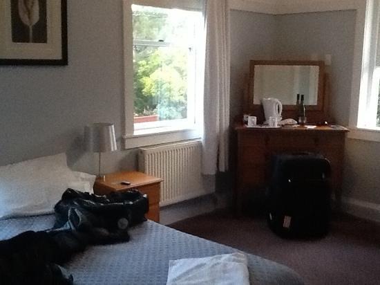 Bundanoon Hotel: room 8