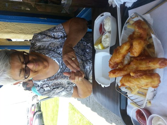 Andria's Seafood Restaurant : Sharing Fish and Chips