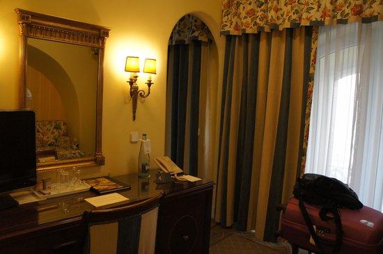 Hotel Avenida Palace: 客室