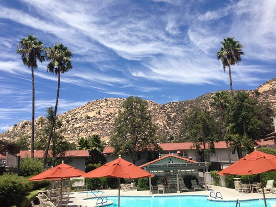 Riviera Oaks Resorts: Gorgeous day poolside