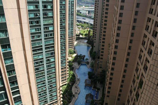 Rambler Oasis Hotel : View of the pool