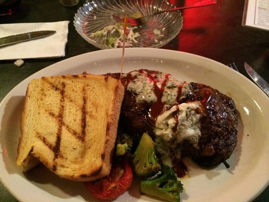 """The Raven Grill : Bison Steak, with a """"Toast"""""""