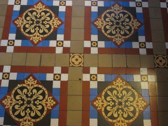 Beaufort Guest House: Original Victorian Floor Tiles