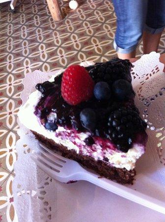 Zucker Haus: Berries and Creamcheeze