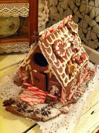 Zucker Haus: Cookie House!!