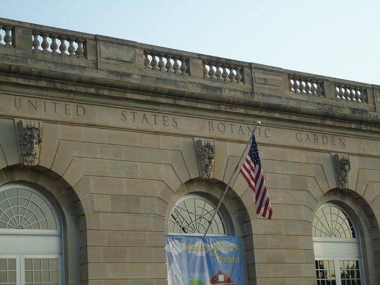 National Mall : The national botanical garden.